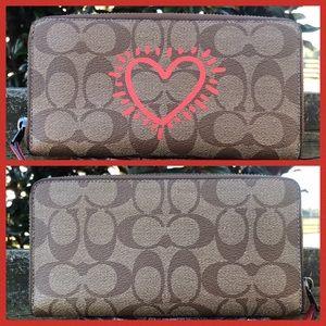 12286 Coach Keith Haring Heart Waller NWOT